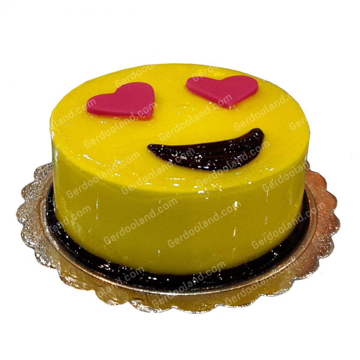 کیک ایموجی لاو